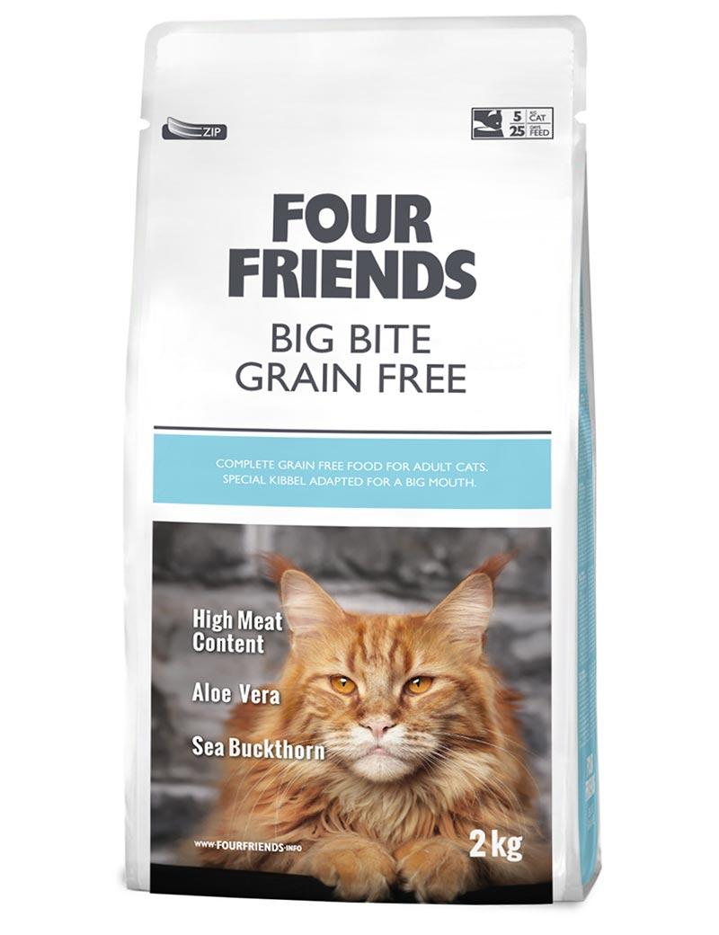 Four Friends Big Bite Grain Free 2 kg. Spannmålsfritt torrfoder med lite större bitar för större kattraser med kraftigare käkar.