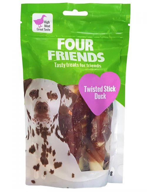 Four Friends Treats 140 g. Skruvad tuggpinne med ankkött till hundar.
