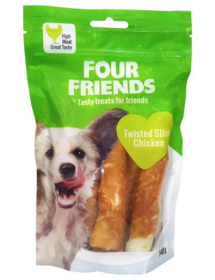Four Friends Treats, Twisted Stick Chicken 140 g. Skruvad tuggpinne med kycklingkött till hundar.